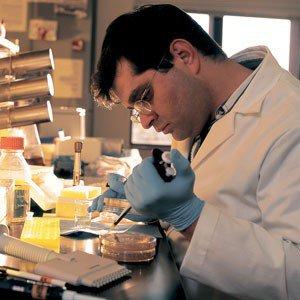 محقق دانشمند